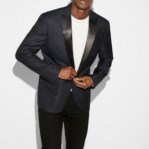 EXPRESS Slim Navy Wool-Blend Dobby Tuxedo Jacket